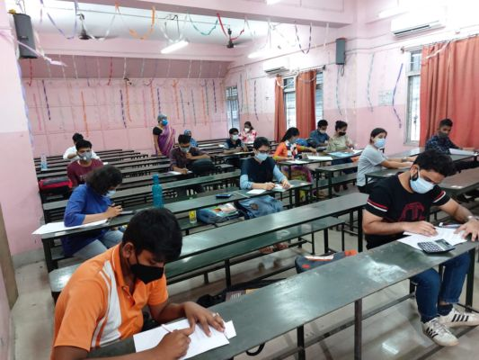 Ignoring government guidelines, AJC BOSE college took exam in Calcutta
