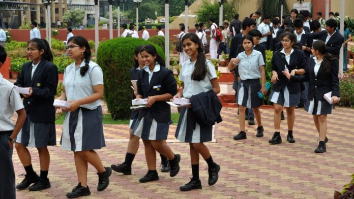 New organization of private schools to solve education related problems
