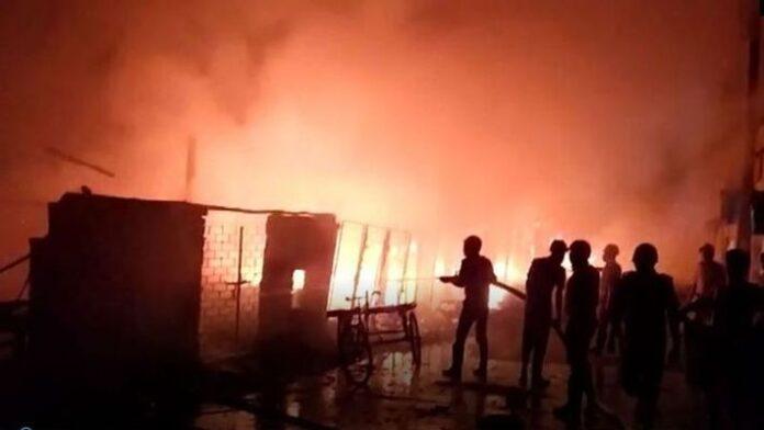 Fire at EM Bypass Slum Area