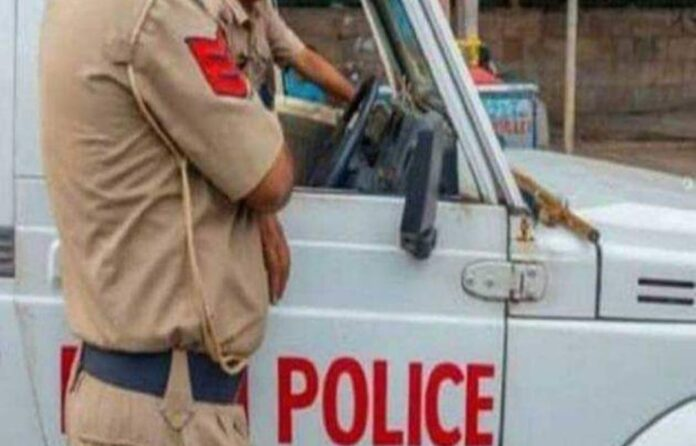 The transfer of 32 police officers to the Inter District before the election