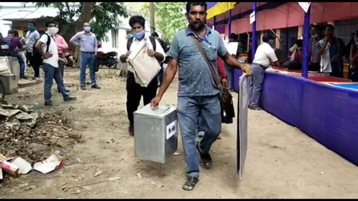 Voting started by ballot in Nadia